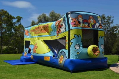 Scooby-Doo Mystery Machine Jumping Castle